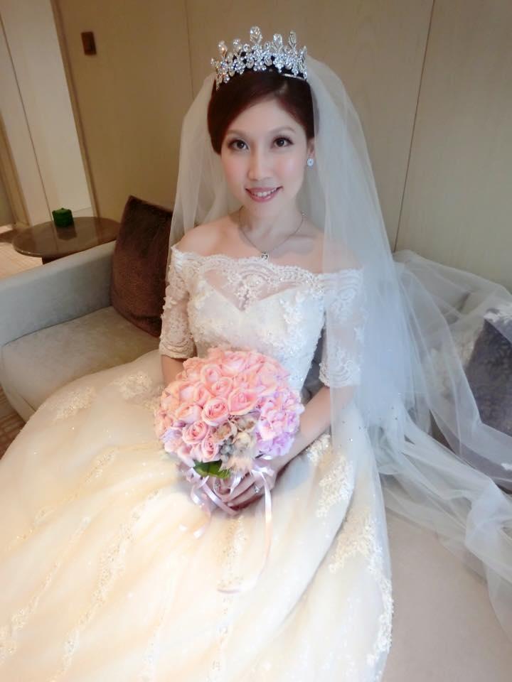 婚攝:young攝影造型 婚宴地點:萬豪酒店 禮服:西敏手工婚紗 造型:編髮復古歐風造型